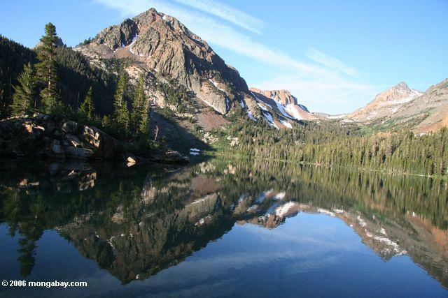 Peak reflected in Green lake