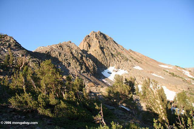 Peak above West lake