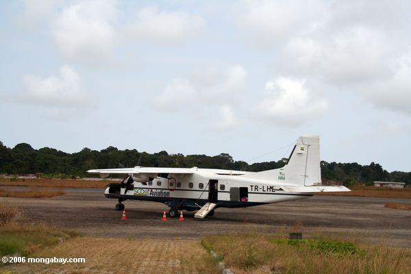 SCD Flugzeug - Fluglinienverkehrunternehmen in Gabun