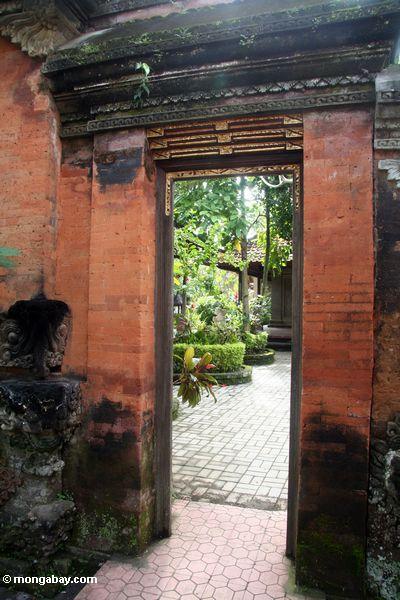 Eingang bei Puri Saren Agung