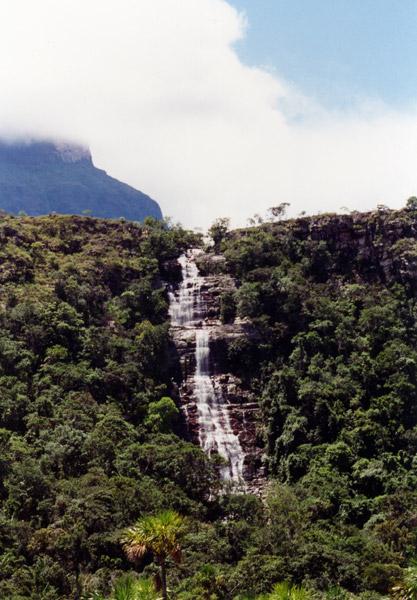 Cachoeira perto de Kavak, Venezuela
