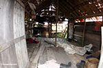 Di dalam sebuah wisma ditinggalkan luar Taman Nasional Tanjung Puting (Kalimantan, Borneo (Borneo Indonesia))