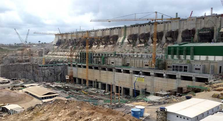 The Belo Monte dam being built. It was originally planned in the 1970s as a series of dams. Photo by Pascalg622 under the terms of the GNU Free Documentation License, Version 1.2 or any later